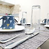Premier Studio Suite - In-Room Dining