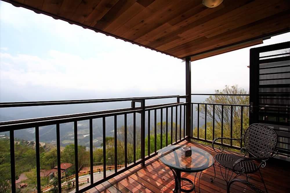 Panoramic Quadruple Room - Balcony