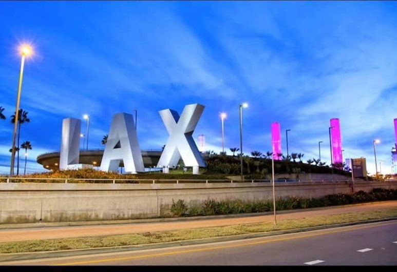 LAX guest house, Inglewood