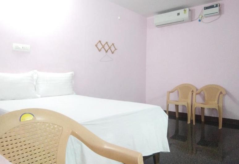 Ulo Rainbow Guest House, Mahabalipuram, Deluxe Room, Guest Room