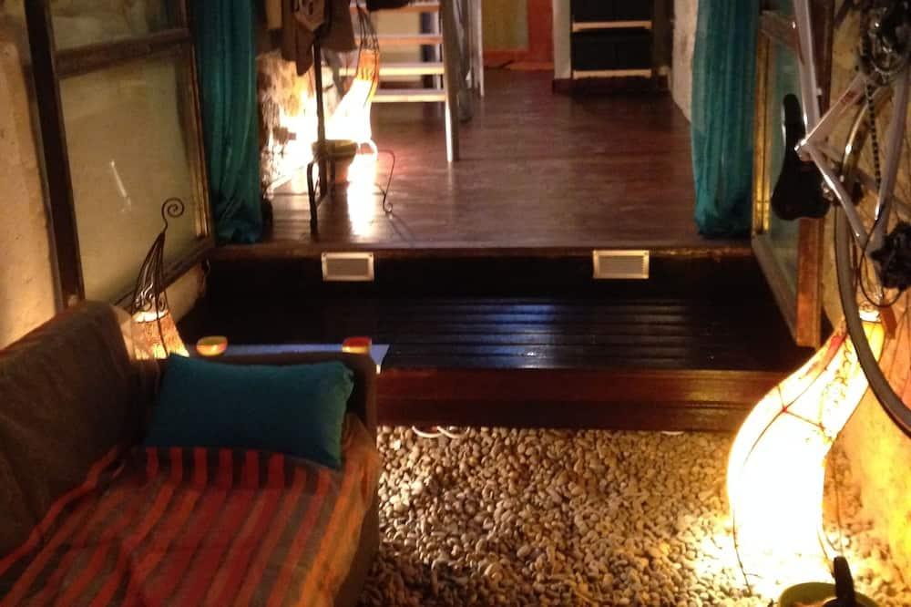 לופט, חדר שינה אחד - אזור מגורים