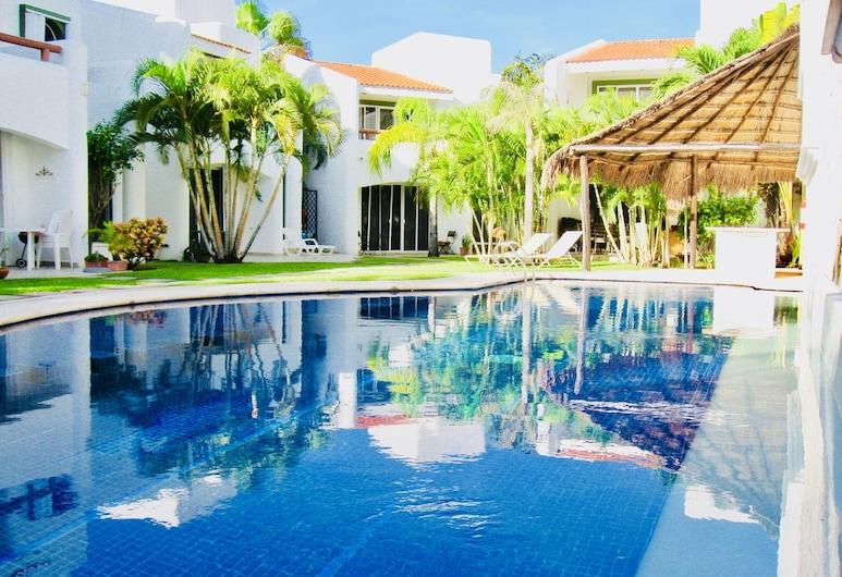 Deluxe Comfort Balcony Room With Swimming Pool Air Conditioning and Parking, Playa del Carmen, Pool