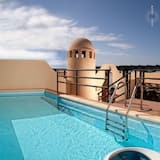 First Line Luxury Penthouse With Own Swimming Pool In Its Solarium Close To The