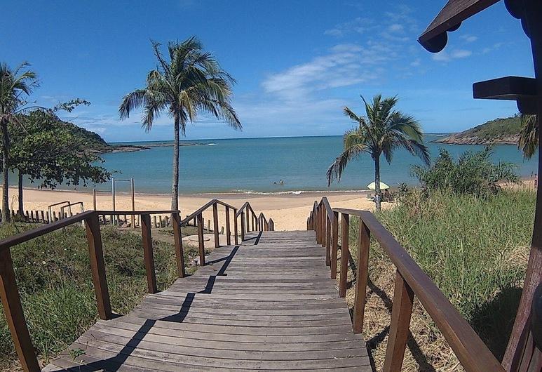 Apto bem localizado na Praia do Morro, جواراباري, الشاطئ