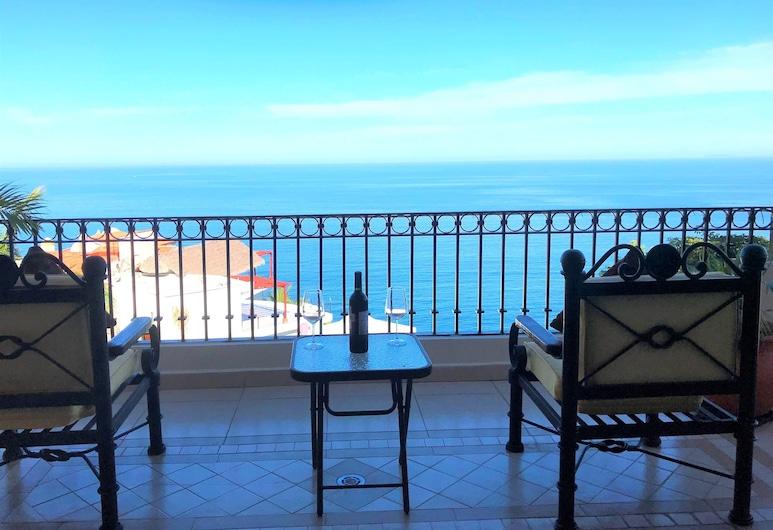 Casa del Eclipse Espectacular Ocean View Minutes From the Beach, Puerto Vallarta, Balkong