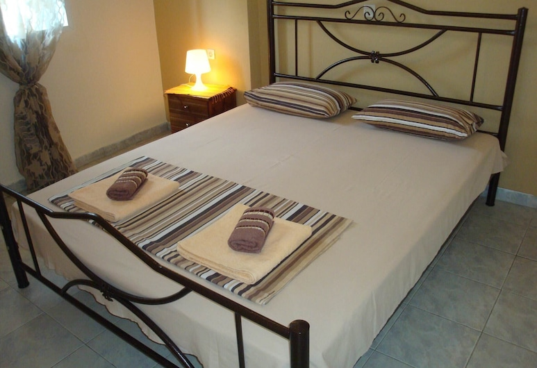 For a Great Vacational Experience in Chalkidi, This Apartment is a Great Choice, 波利伊羅斯