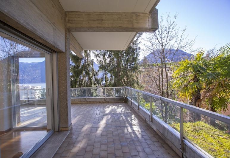 Majestic Lake View, לוגאנו, דירה משפחתית, מיטה זוגית וספה נפתחת (Majestic Lake View), מרפסת/פטיו