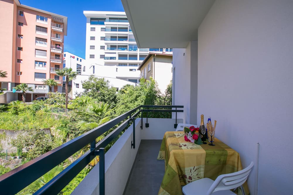 Family Apartment, 1 Double Bed with Sofa bed (Piccola Grecia 6) - Balcony