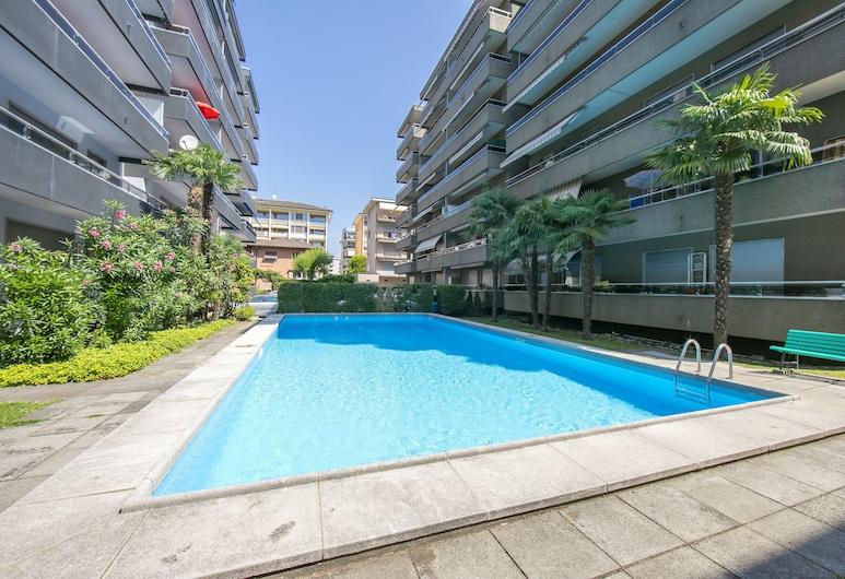 Pool House, Lugano, Vanjski bazen