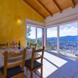Rodinný apartmán, viacero postelí, s výhľadom do záhrady (Viganello Panoramica) - Stravovanie v izbe