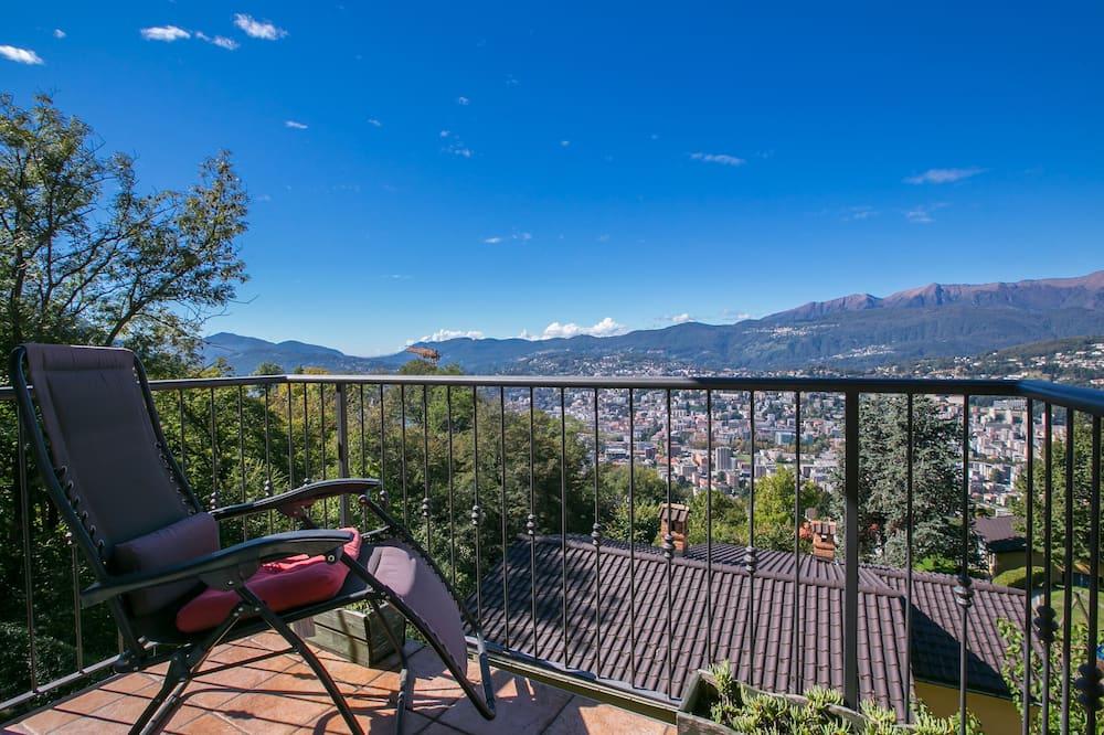 Rodinný apartmán, viacero postelí, s výhľadom do záhrady (Viganello Panoramica) - Balkón