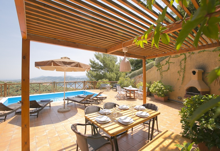 Europa,2br,2bth Villa With Private Pool And Stunning Sea Views, Skiatos, Balkon