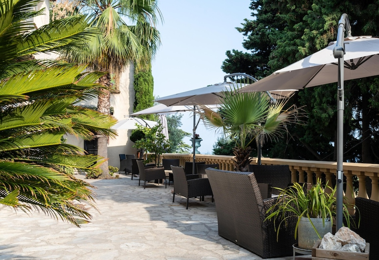 Villa Azur Cap D'ail Studio Apartment n.1 for 3 People, كاب دايل, شُرفة