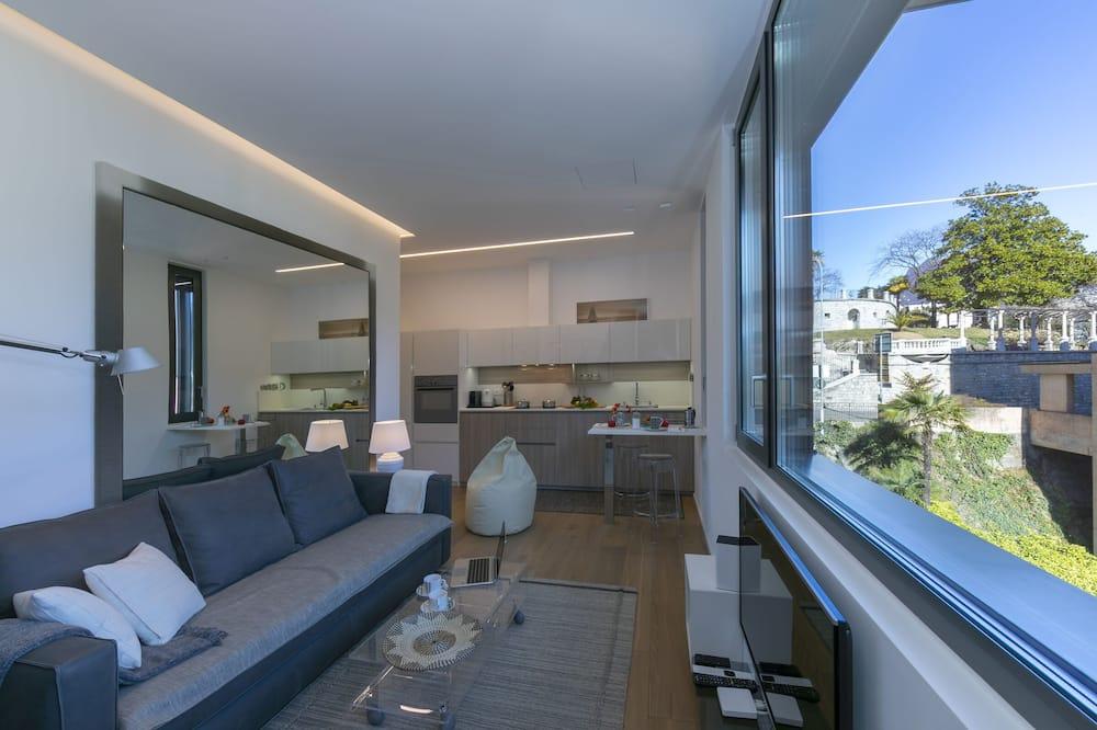 דירה משפחתית, מיטה זוגית וספה נפתחת (Casa Basilico) - סלון