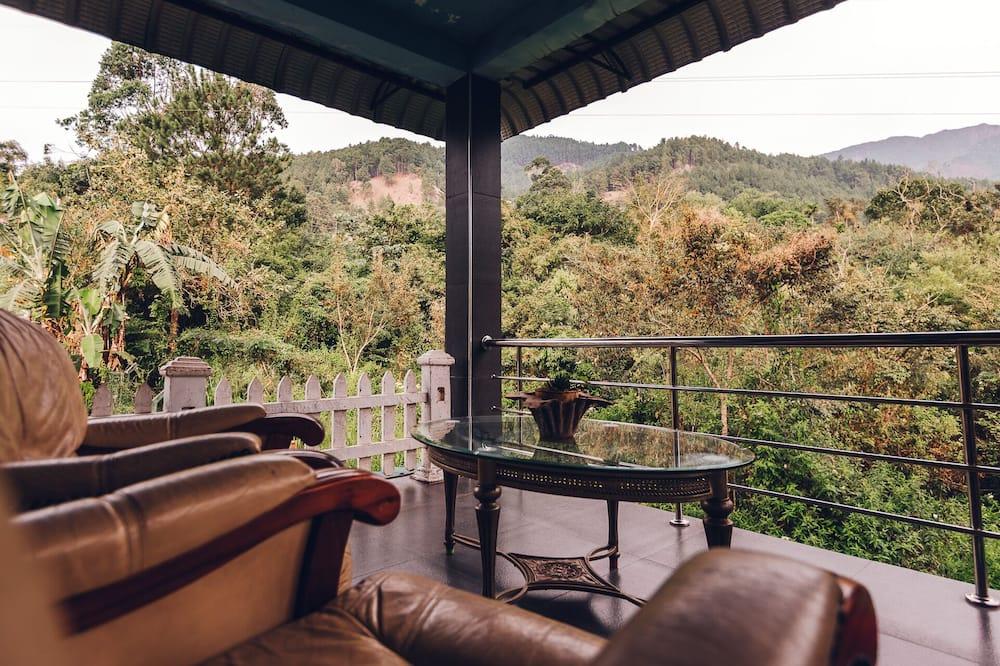 Casa familiar - Terraza o patio