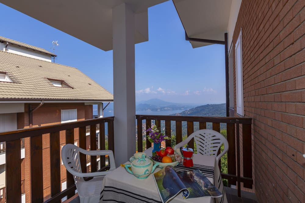 Family Apartment, Multiple Beds, Mountainside (Nicoletta's Lake View On Stresa Hills) - Balcony