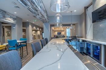 Picture of Hampton Inn & Suites Raleigh Midtown, NC in Raleigh