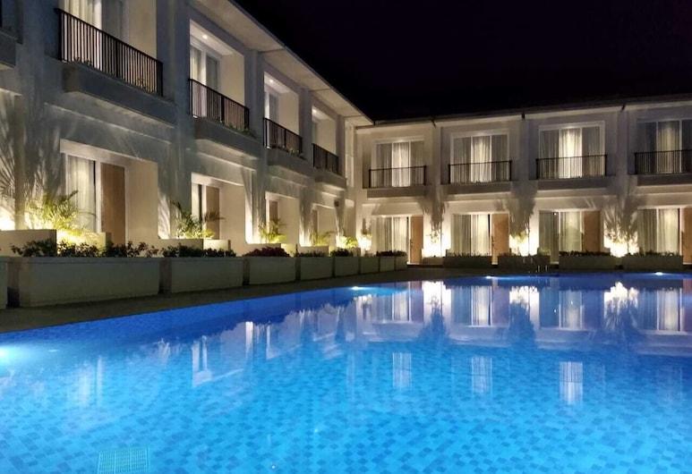 The Balcone Hotel & Resort, Bukittinggi, Baseinas