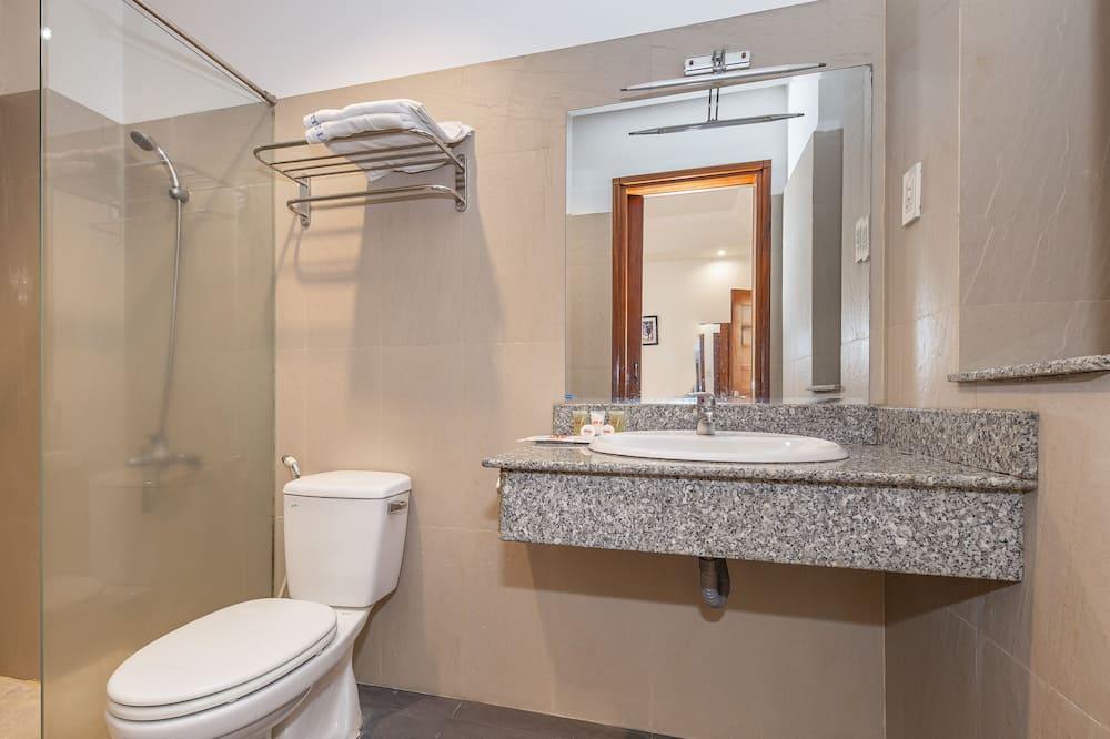 Habitación superior con 2 camas individuales - Baño