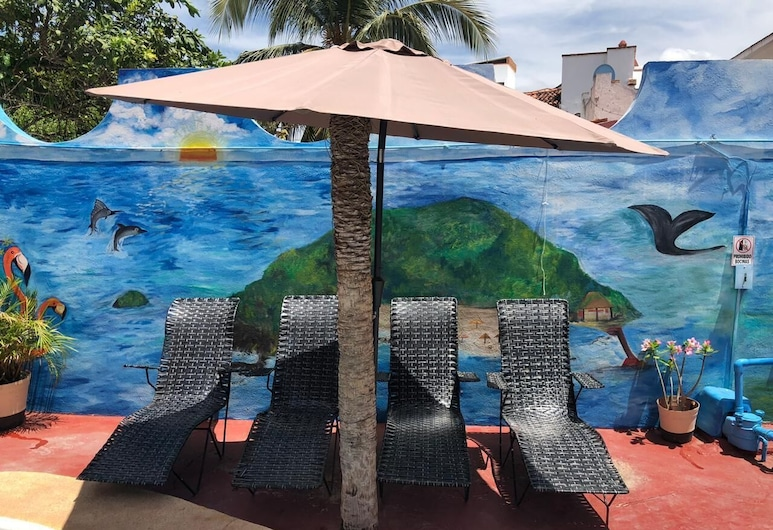 Bungalows Los Flamingos, Guayabitos 景點, 池畔酒吧