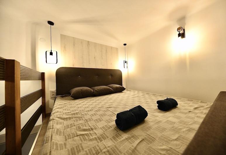 Cosy flat in Király str, Queen, Budapest, Leilighet, Rom