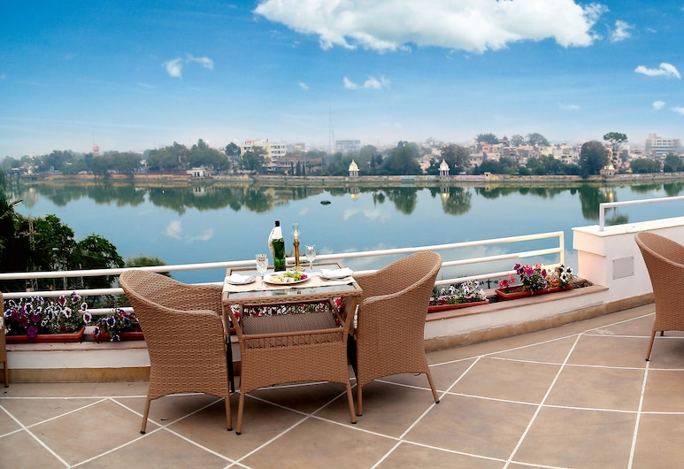 Hotel Brahma Niwas by the Lake, Udaipur, Terrace/Patio
