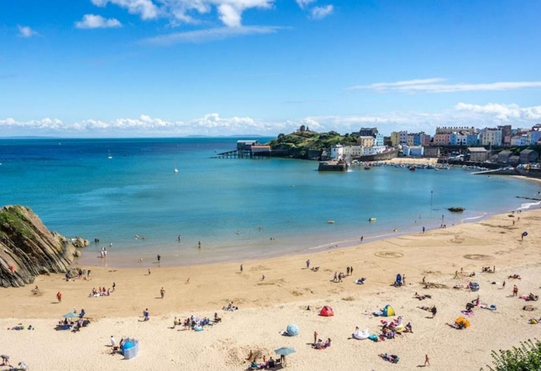 Seacroft Apartment, Tenby, Strand