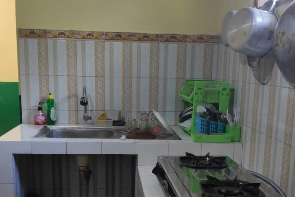 1 Bed in Dormitory - Shared kitchen