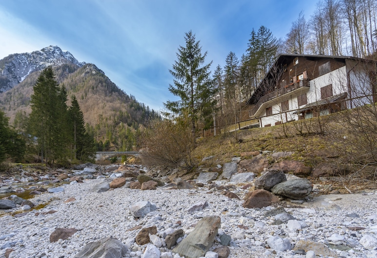 Riofreddo House! BBQ - Garden and private parking, Tarvisio
