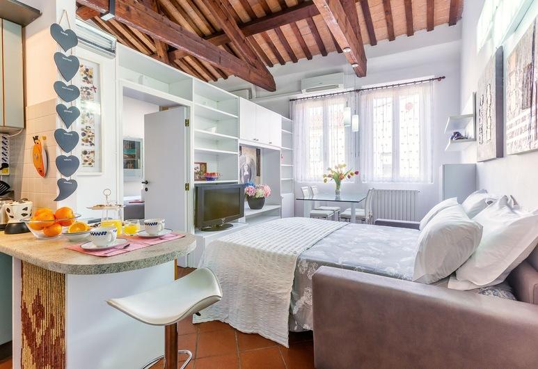 Duplex Apartment in centro storico, Ferrara, Apartment, 1 Bedroom, Living Area