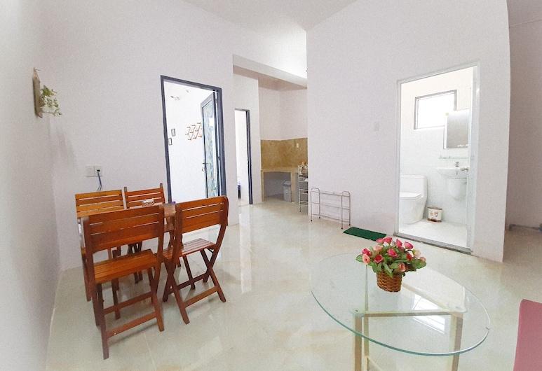 FM Homestay, Nha Trang, Standard Double Room, Living Area