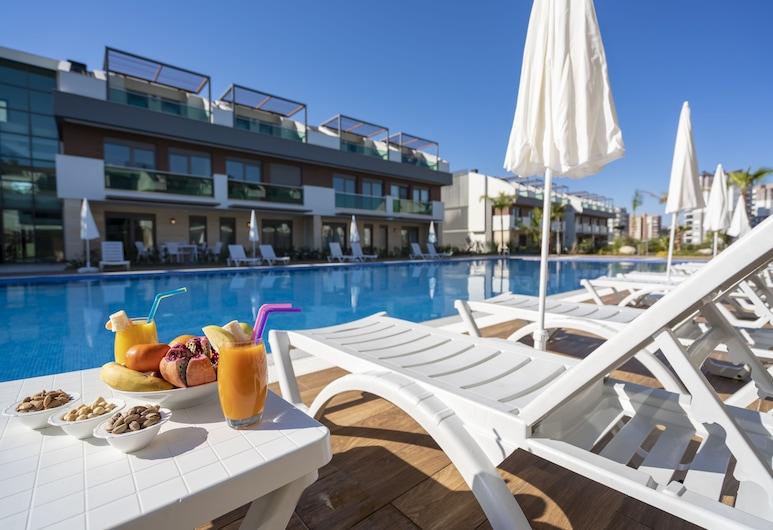 Veranda Beach Suites, אנטליה, מרפסת שמש
