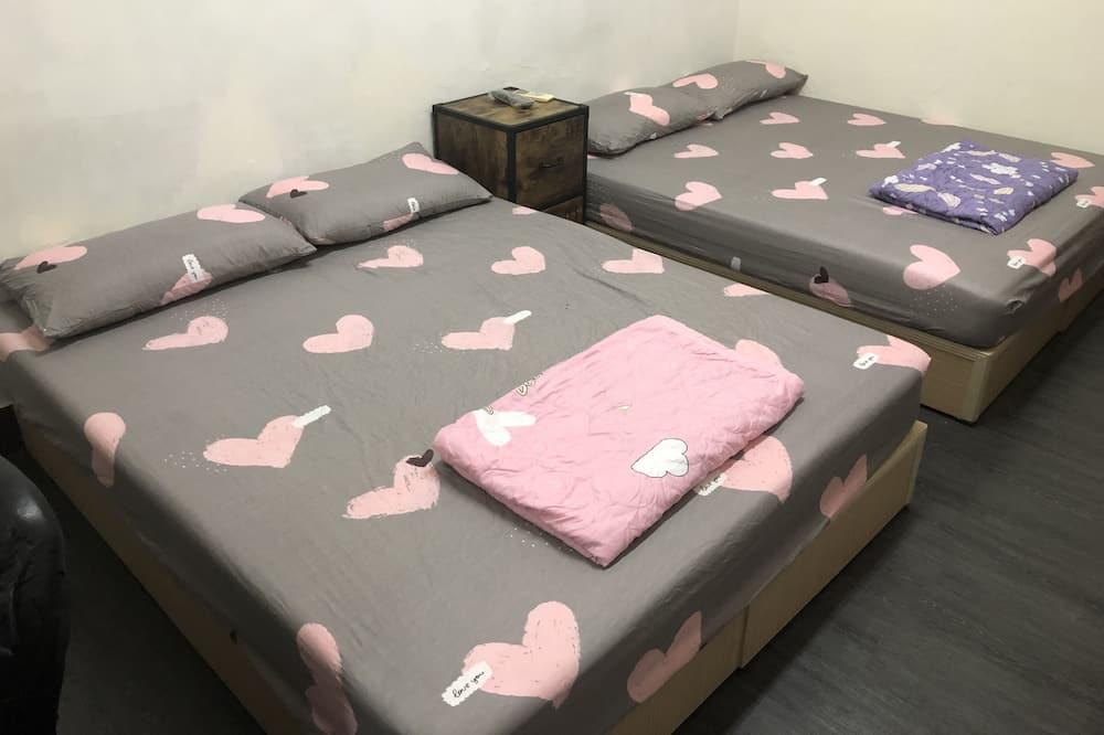 Štandardná štvorposteľová izba - Stravovanie v izbe