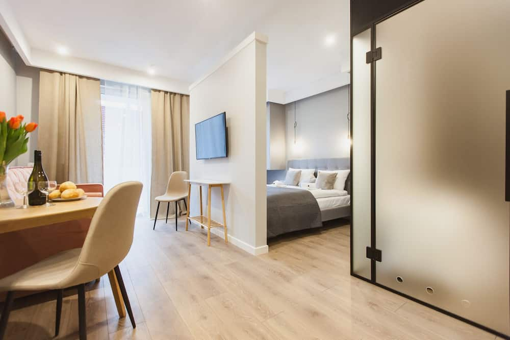 Căn hộ có thiết kế đặc sắc - Phòng khách