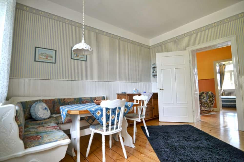Apartment (Turmzimmer) - In-Room Dining