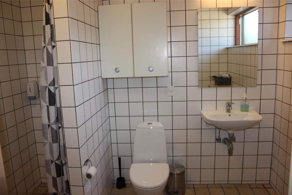 Апартаменты, 2 спальни, патио - Ванная комната