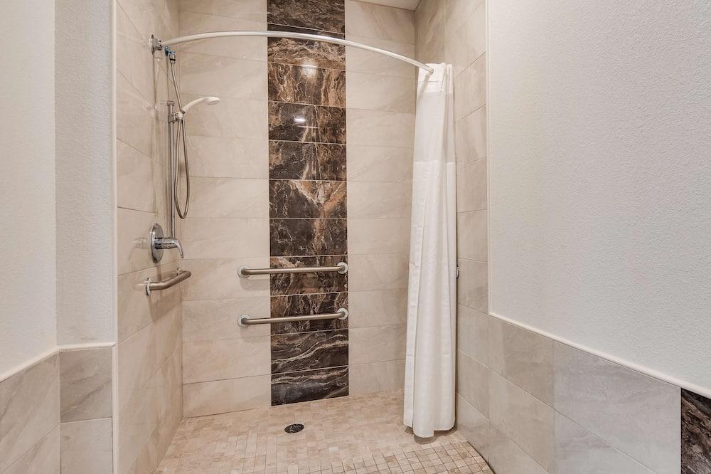 套房, 1 張特大雙人床, 無障礙, 簡易廚房 - 浴室
