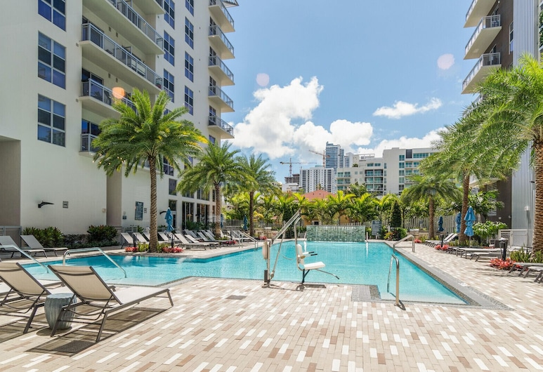 Biscayne Townhomes by Sextant, Majamis