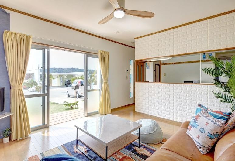 Kailana Villa, Yomitan, Ferienhaus, 3Schlafzimmer, Wohnbereich