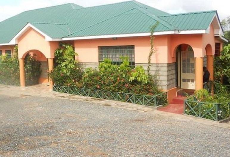 Elena Lodge, Machakos