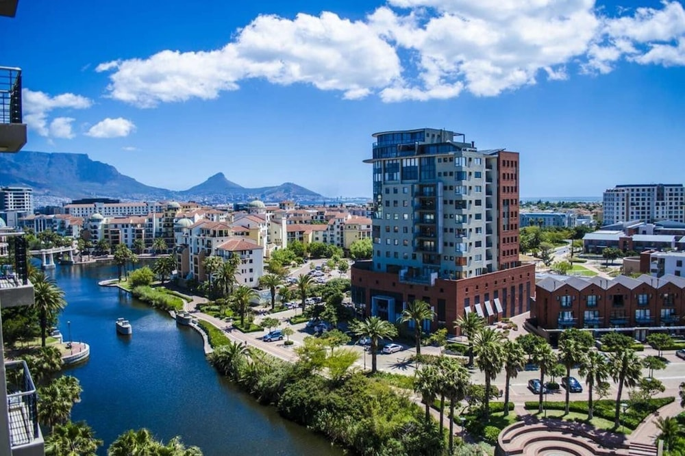 City Stay 1 Bedroom Apartment Wifi, Gym, Sauna, Cape Town