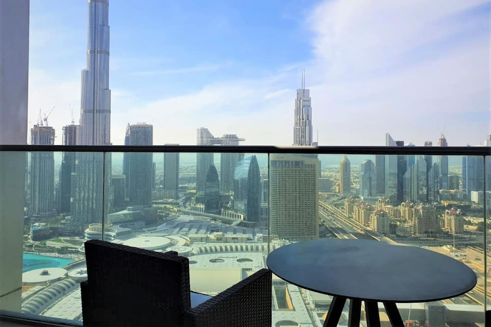 Luxury Stay at the Fountains - Dubai