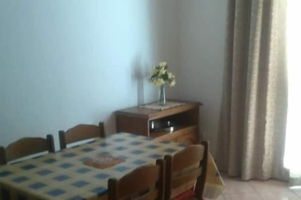 apartman, 1 hálószobával (A3) - Étkezés a szobában