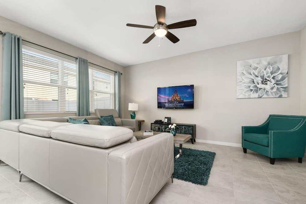 Dům, 4 ložnice - Obývací prostor