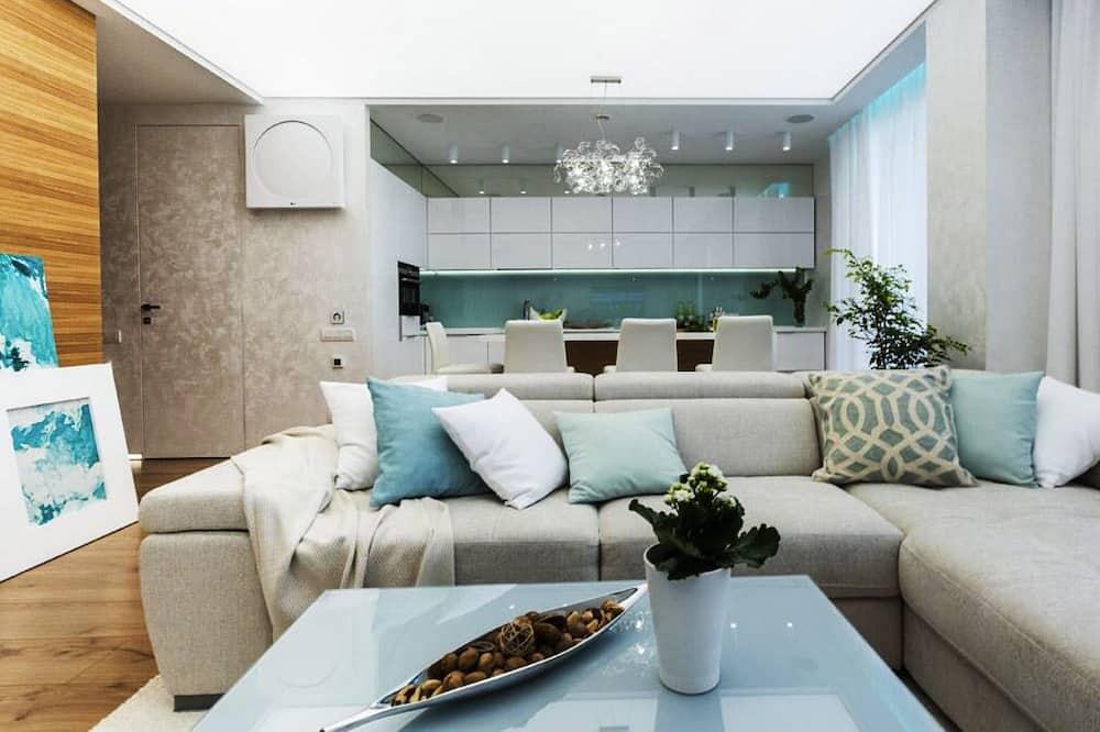 Basic Room - Living Room