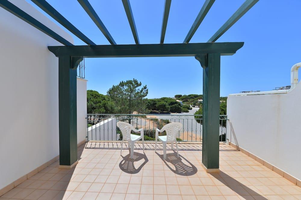 Family Apartment, 3 Bedrooms, Terrace, Pool View - Teres/Laman Dalam