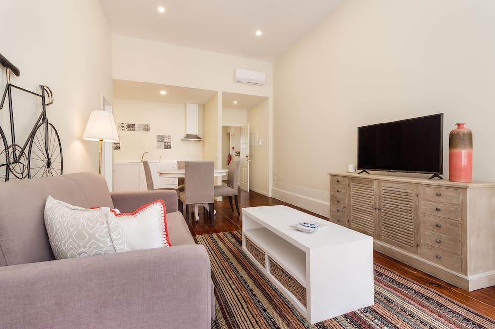 Augstākās klases dzīvokļnumurs, viena guļamistaba, balkons - Dzīvojamā zona