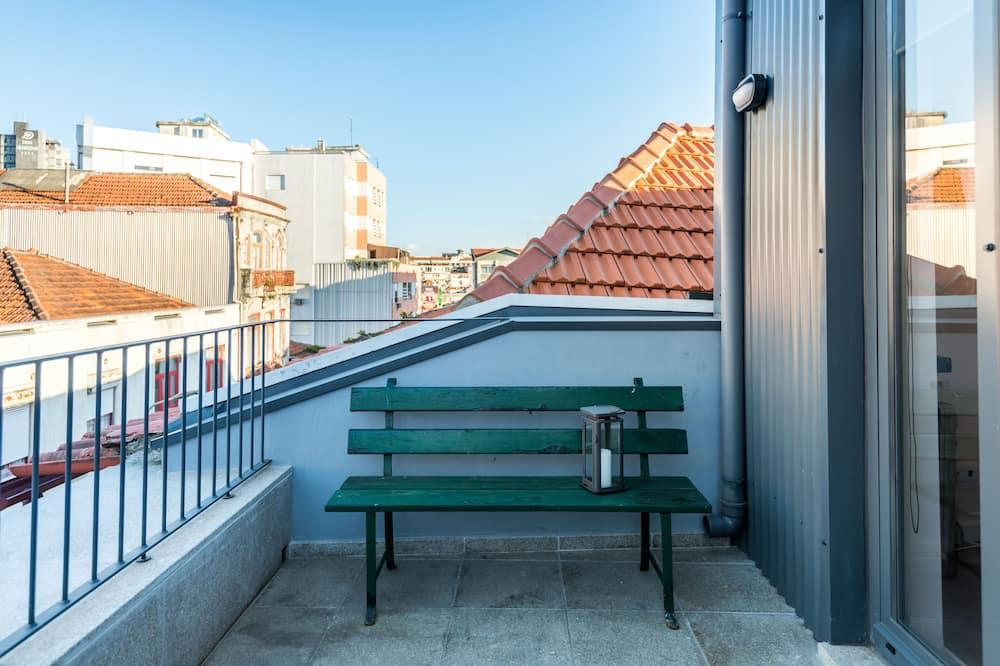 Studio o podstawowym wyposażeniu - Balkon