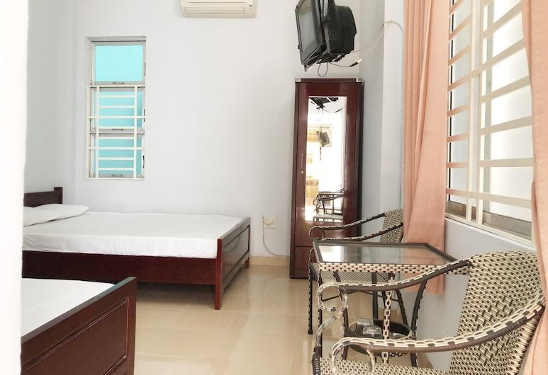 SPOT ON 1096 Anh Thu Guest House, Niačangas, Standartinio tipo trivietis kambarys, Svečių kambarys