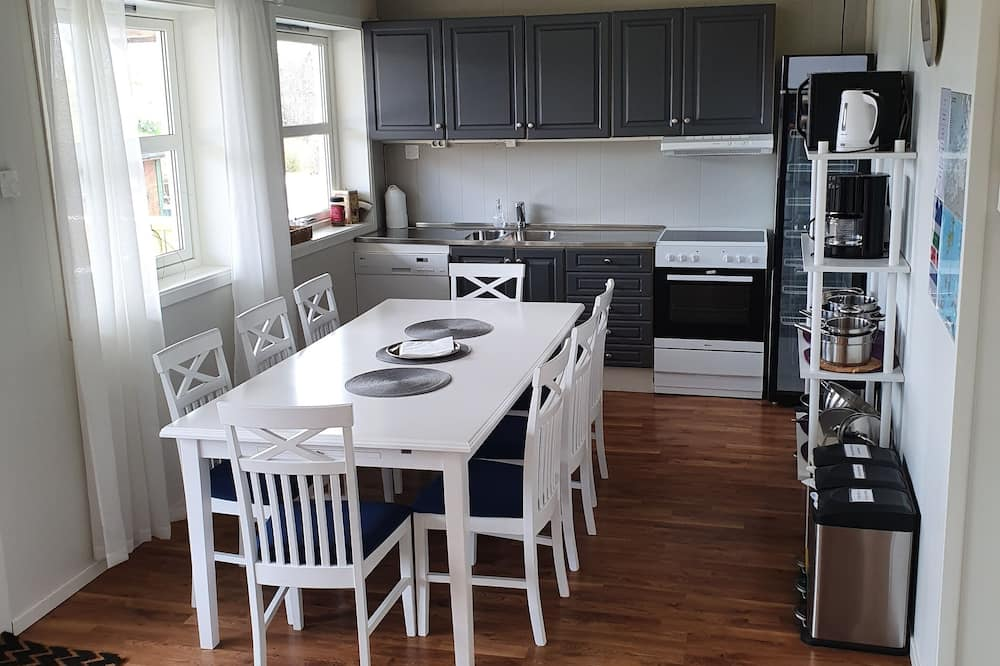 Double Room, 1 Double Bed - Shared kitchen